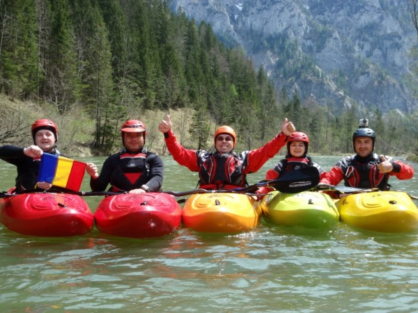 curs-caiac-whitewater-Romania-hibiscus-sport.