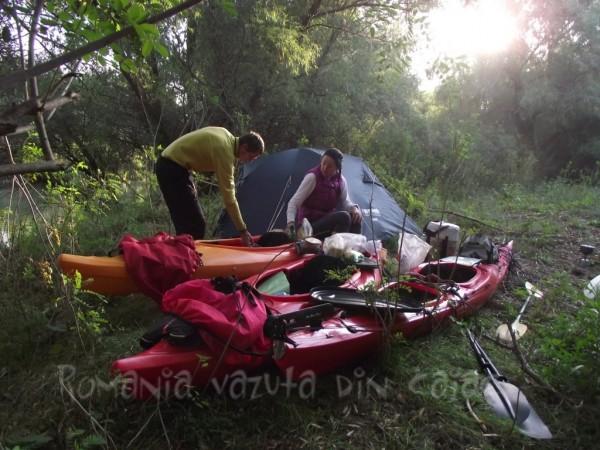 camping-delta-dunarii-tura-caiac