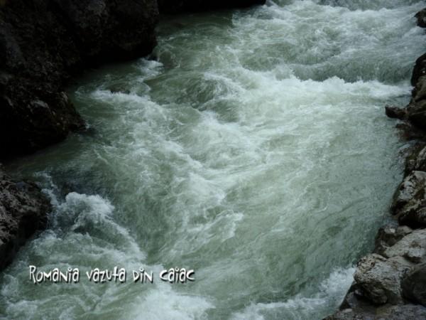 Curs gradul III caiac white water Hibiscus Sport