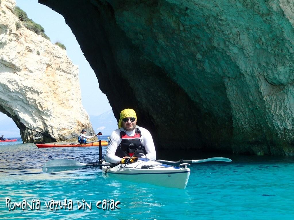 Curs de sea kayaking pe Marea Ionica