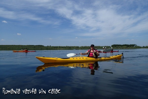 Caiac Brittany pe Lacul Misaila