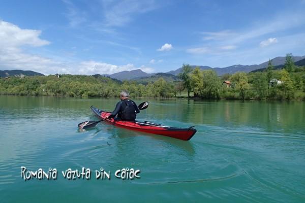 Verde de Drina -Drina vazuta din caiac